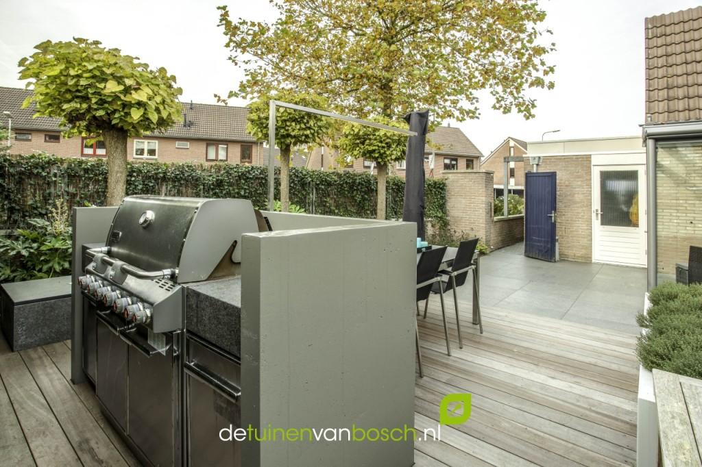 Moderne tuin met luxe buitenkeuken deventer ov. u2013 detuinenvanbosch